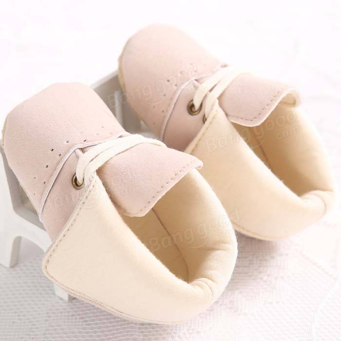 Nouveau-né bébé de fille de bébé crèche chaussures kaki revers de bottes de coton à lacets souples&