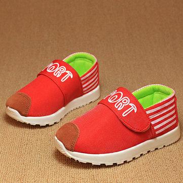 Enfants enfants glisse sur les chaussures de loisirs des appartements grils uniquement des chaussures d'athlétisme garcons mocassins&