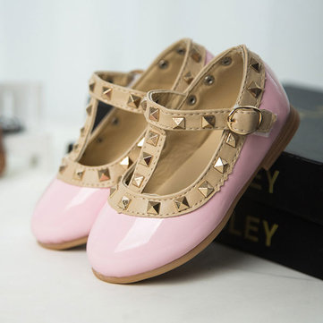 2016 nouvelles filles princesse rivet sandales enfants robe de mode chaussures appartements Souliers simple