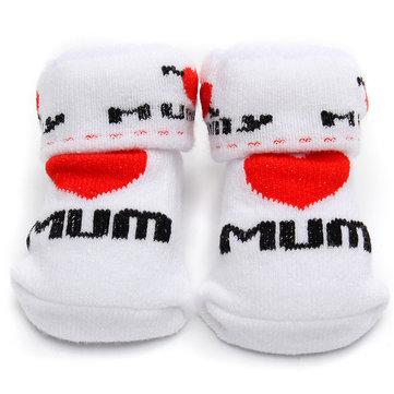 Le bambin de bébé de nouveau-né de chaussettes de papa de maman la jolie résistance cotonnière de filles de garcons non glisse des accessoires marchants en plein air
