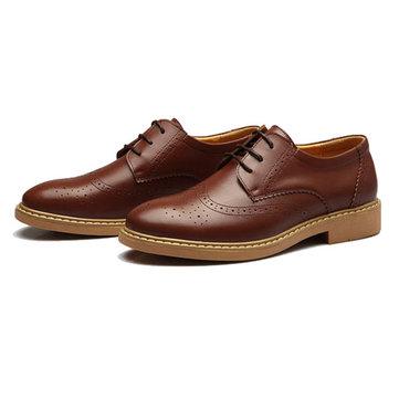 Des hommes nouveaux Angleterre style de chaussures en cuir de sculpture occasionnel&