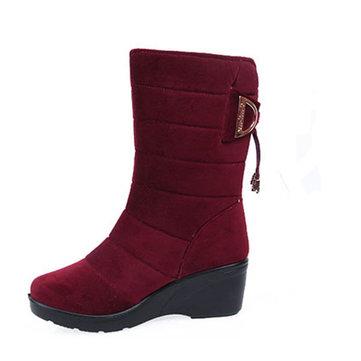 La nouvelle mode de femmes d'hiver les talons trapus le milieu des bottes de veau antidérapantes garde des chaussures de bottes de neige de cachemire chaudes