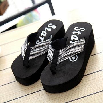 La plate-forme des femmes tongs mode sandales occasionnels pantoufles belles chaussures arc